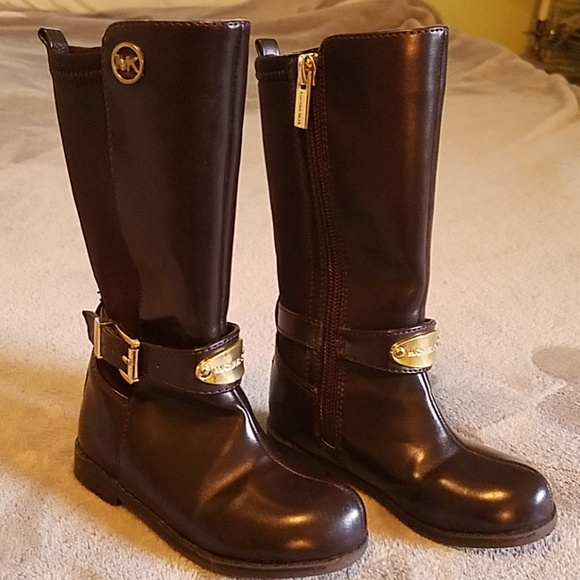 807626c34c2ac Michael Kors brown toddler girls boots size 6t GUC.  M 5bbb631ca31c33c675024ff2